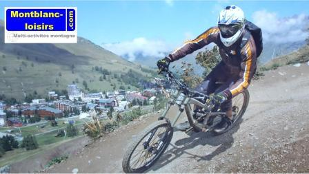 Downhill Bike with an instructor MontBlanc-loisirs